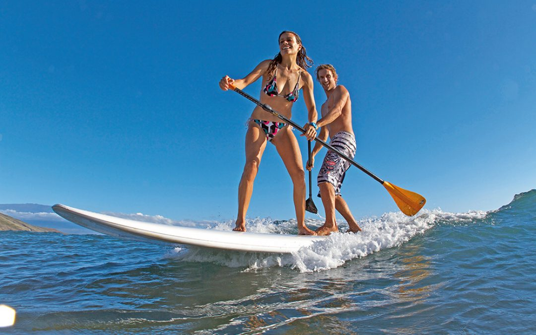 11 Tips for Learning How to Use a Paddle Board