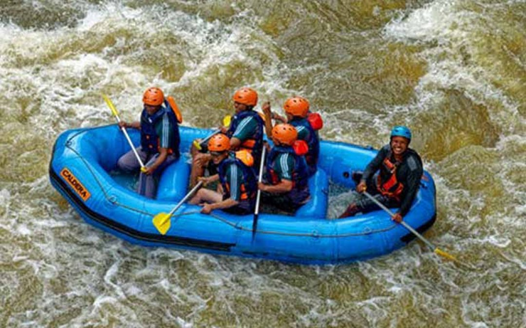 group of people enjoying the rafting ride